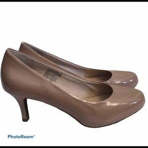 ROCKPORT Women's Nude Neutral Patent Leather Heels